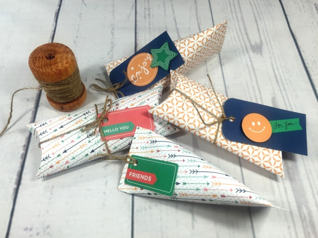 AYTR2 gift boxes