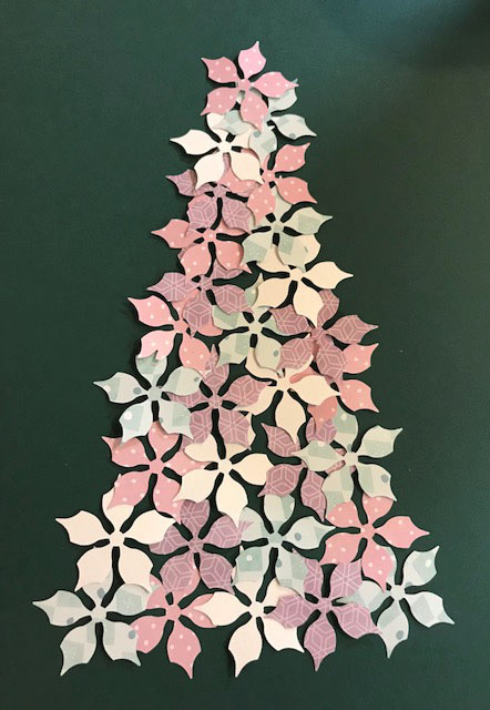Poinsettia-Punch-Christmas-Tree-Creative-Memories