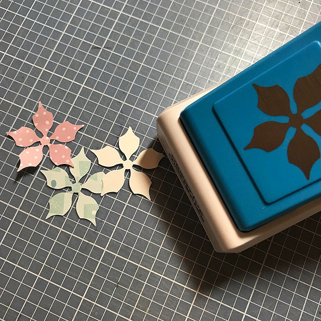 Poinsettia-Punch-Creative-Memories