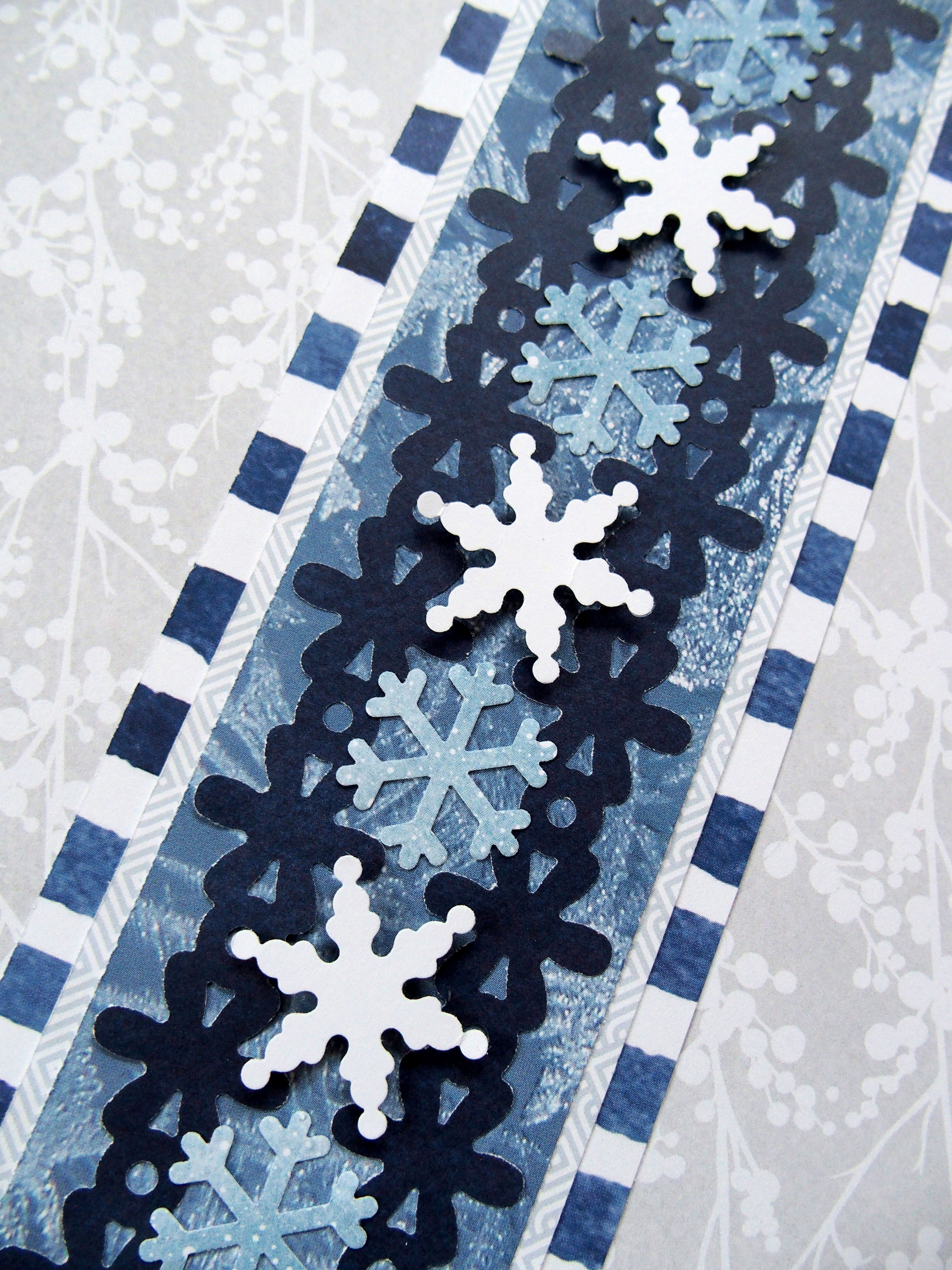 Wintery-Glacier-Snowflake-Border-Creative-Memories