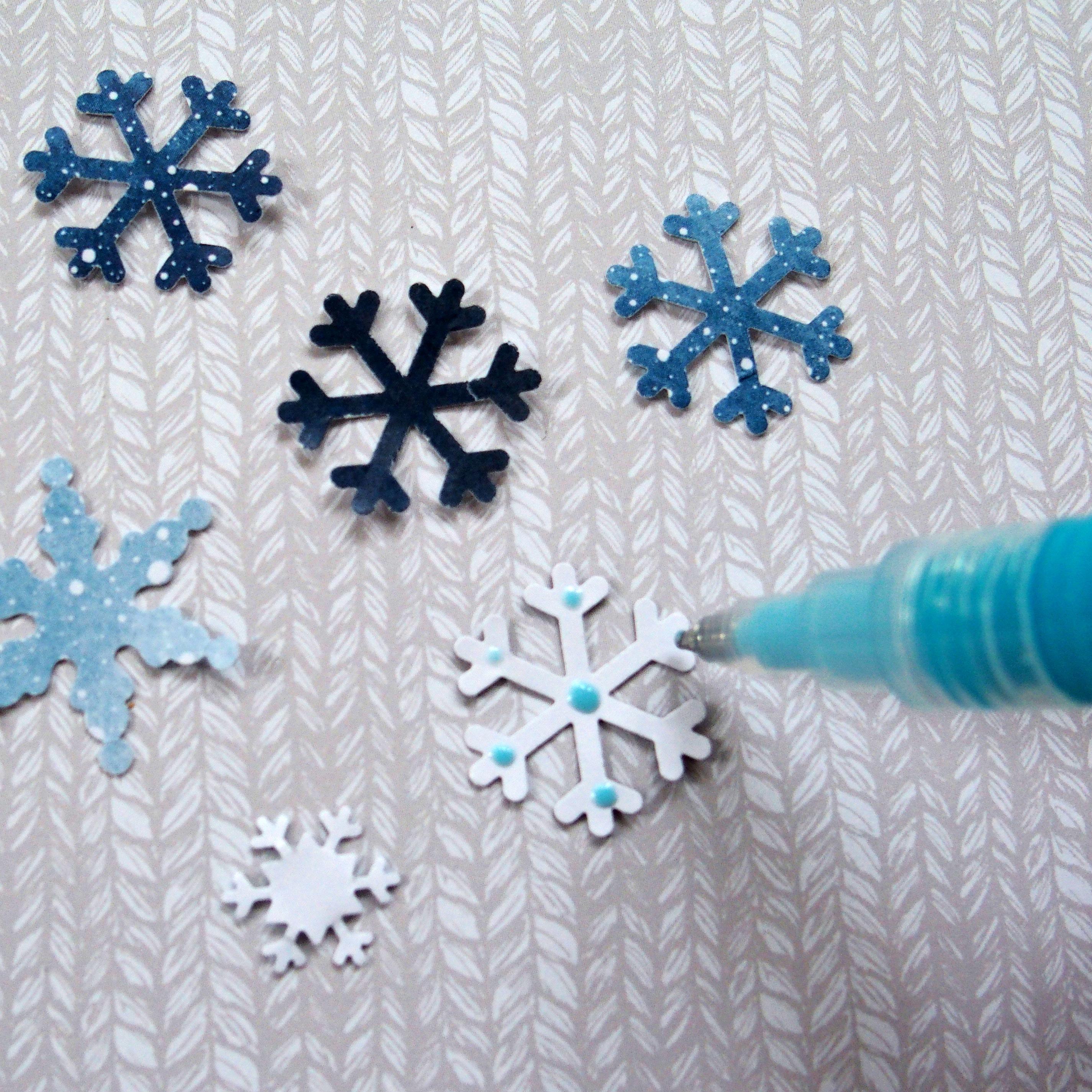 Wintery-Glacier-Wintertime-Wonder-Border-Snowflakes-Creative-Memories