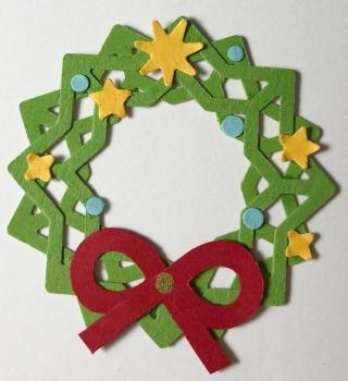 Christmas-Wreath-Scrapbook-Project-Creative-Memories1