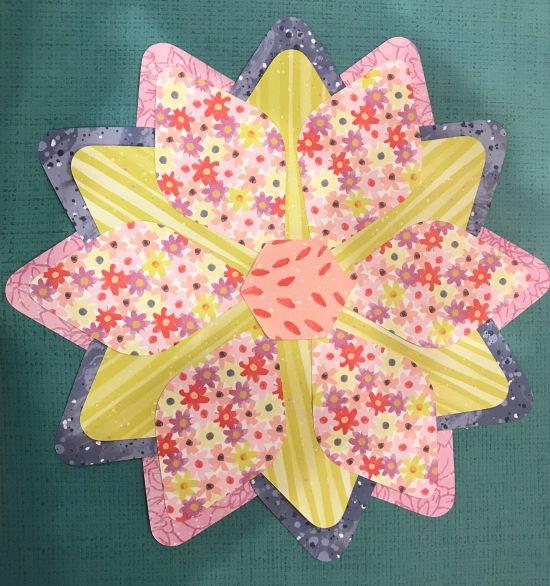 Flower-Scrapbok-Layout-Gemstone-Patterns-Sketch-Creative-Memories.jpeg