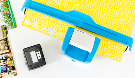 Essentials-Foil-Paper-Sunshine-Border-Maker-Cardtridge-Scrapbook-Layout-Creative-Memories5Essentials-Foil-Paper-Sunshine-Border-Maker-Cardtridge-Scrapbook-Layout-Creative-Memories5